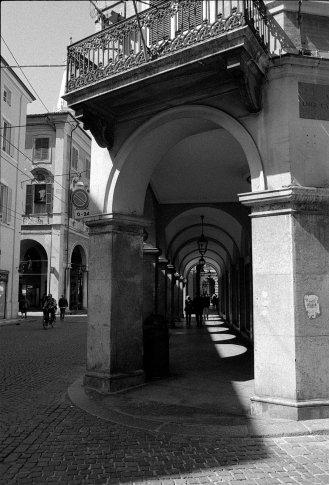 Arch walkway. Modena, Italy.